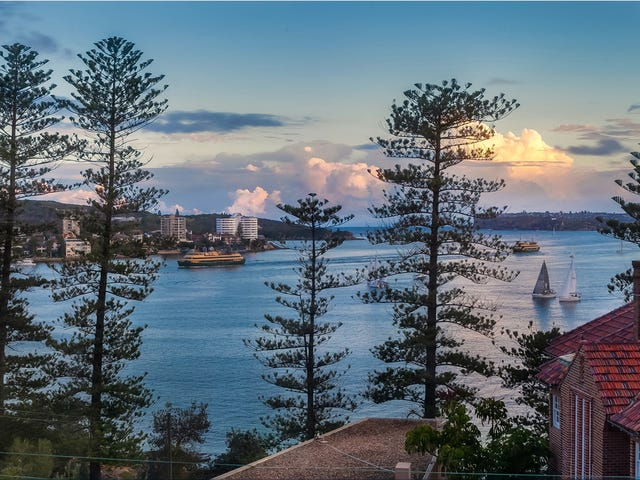 1/2 Laurence Street, Manly, NSW 2095