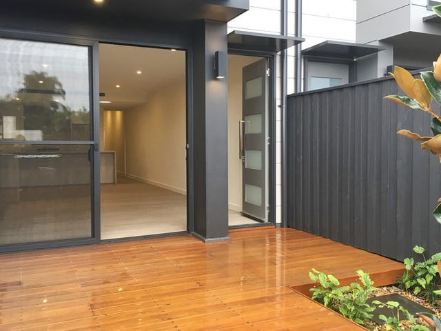 11 Hakea Drive, Warriewood, NSW 2102