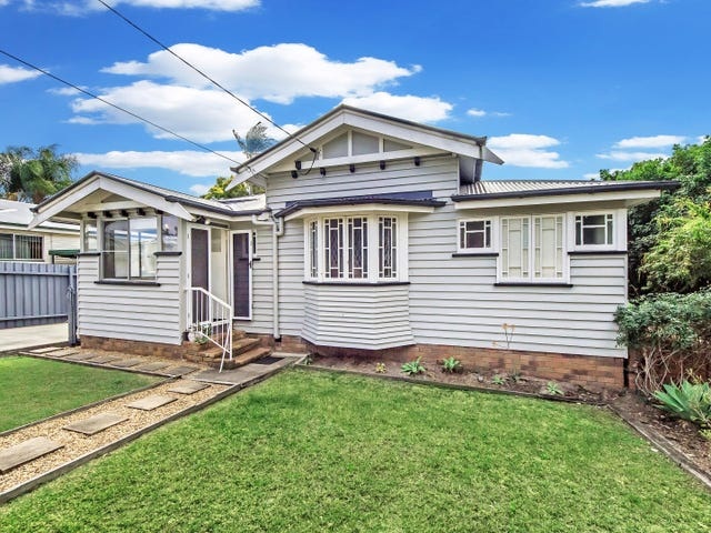6 Marvin Street, Eastern Heights, Qld 4305