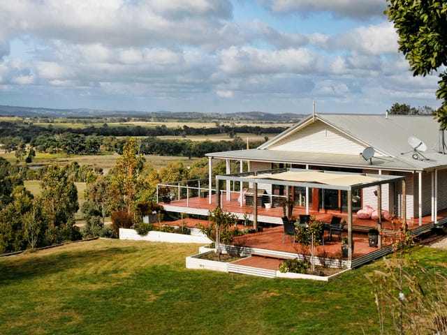 69 Mount William Road, Lancefield, Vic 3435