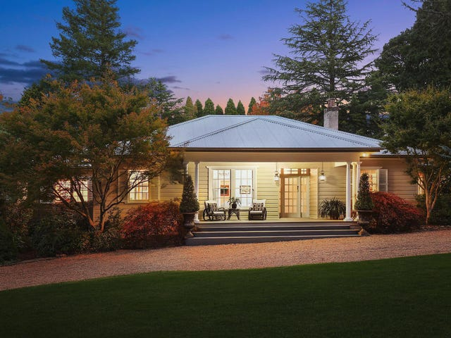 41 Toulon Avenue, Wentworth Falls, NSW 2782