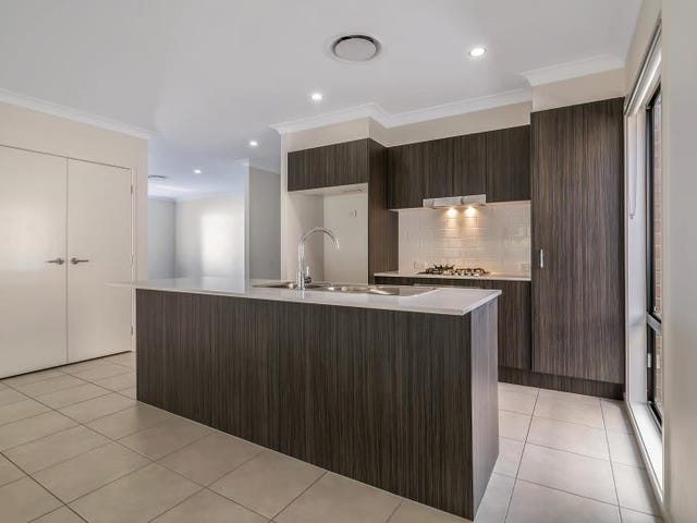 150 Conte Cct, Augustine Heights, Qld 4300