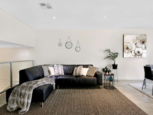 8/59-61 Jenner Street, Baulkham Hills, NSW 2153