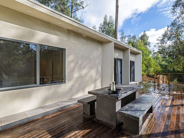 1 ELM GROVE, Kinglake, Vic 3763
