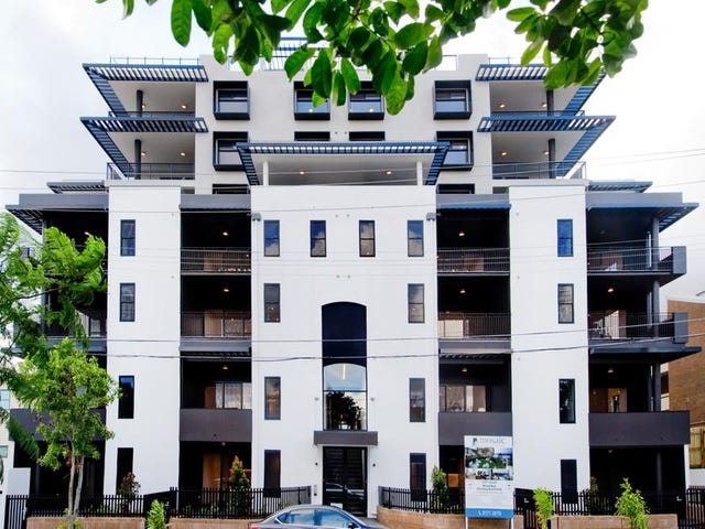 202/131-135 Clarence Road, Indooroopilly, Qld 4068