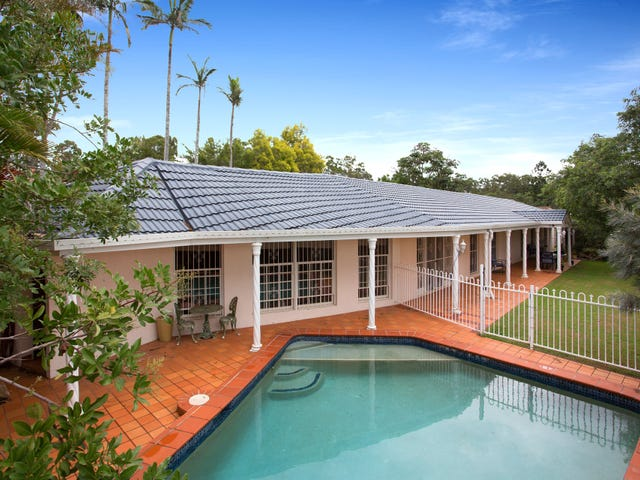5 Tinbeerwah Place, Chapel Hill, Qld 4069
