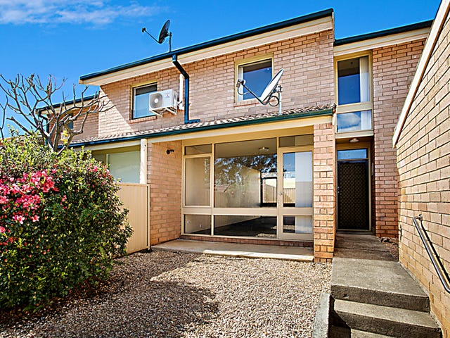 15/42 Woodhouse Drive, Ambarvale, NSW 2560