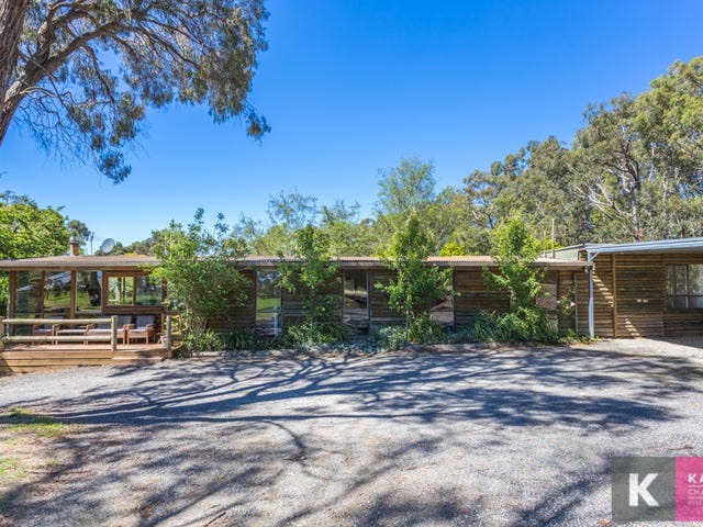 68 Yackatoon Road, Beaconsfield Upper, Vic 3808