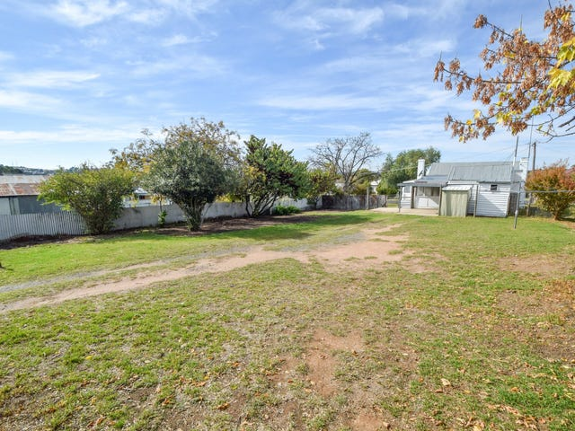 13 Yass Street, Young, NSW 2594
