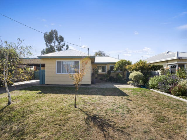 7 Brown Street, Colac, Vic 3250