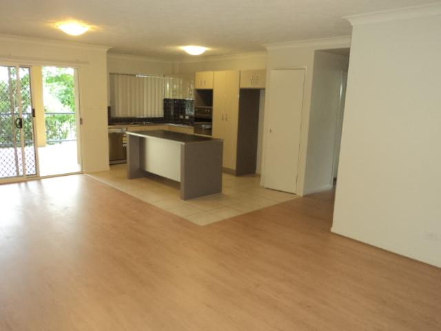 3/102 Glenalva Terrace, Enoggera, Qld 4051