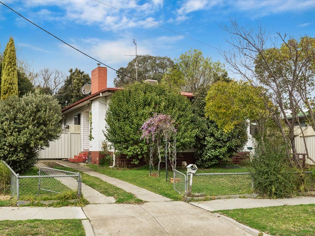 5 HOWARD PLACE, Seymour, Vic 3660