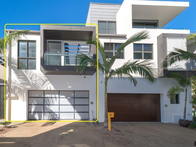 Villa 11 Salacia Drive, Paradise Point, Qld 4216