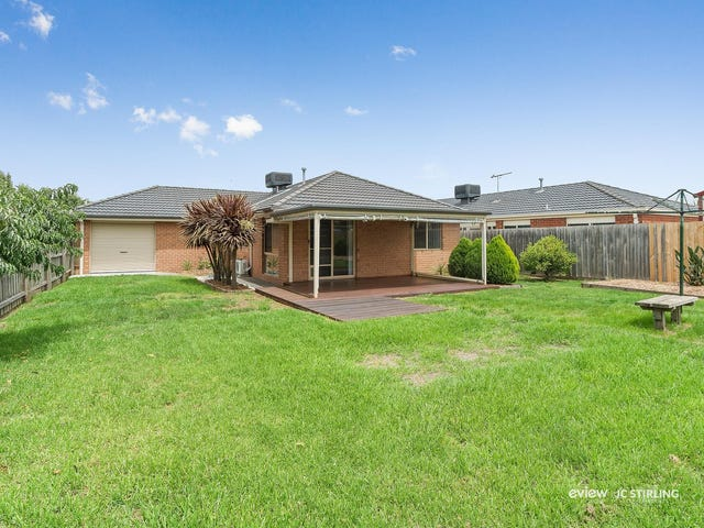 17 Taplan Crescent, Cranbourne West, Vic 3977