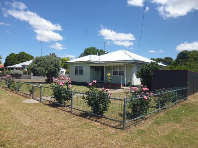 24-26  Hampden Street, Finley, NSW 2713