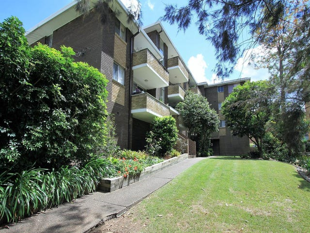 4/20 William Street, Hornsby, NSW 2077