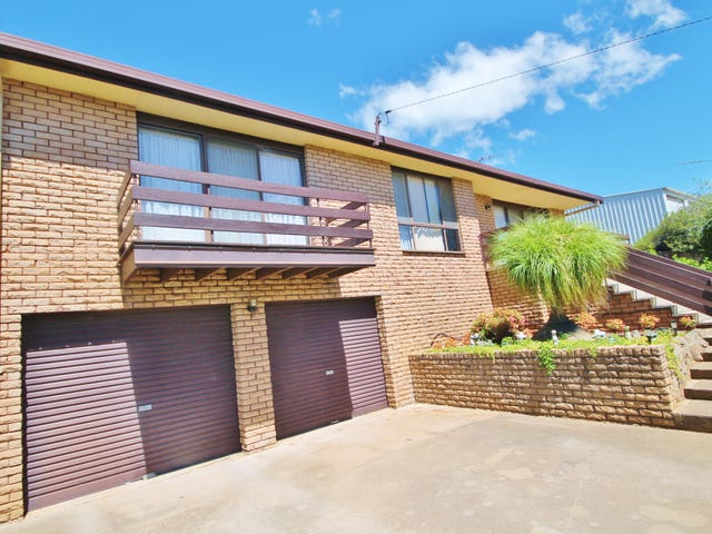 12 Charles Crescent, Young, NSW 2594