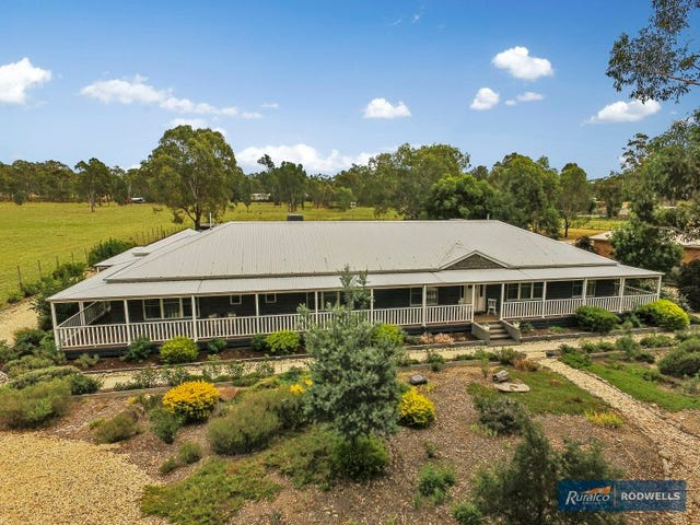 67 Redbank Road, Seymour, Vic 3660