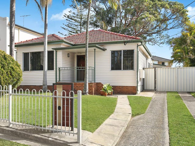 69 Old Taren Point Road, Taren Point, NSW 2229