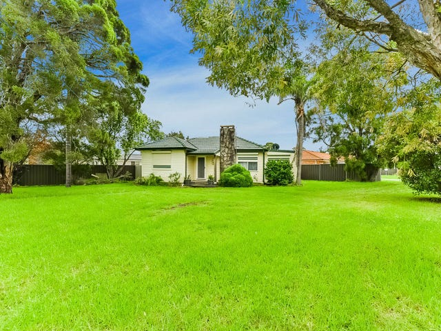 11 Thirlmere Way, Tahmoor, NSW 2573