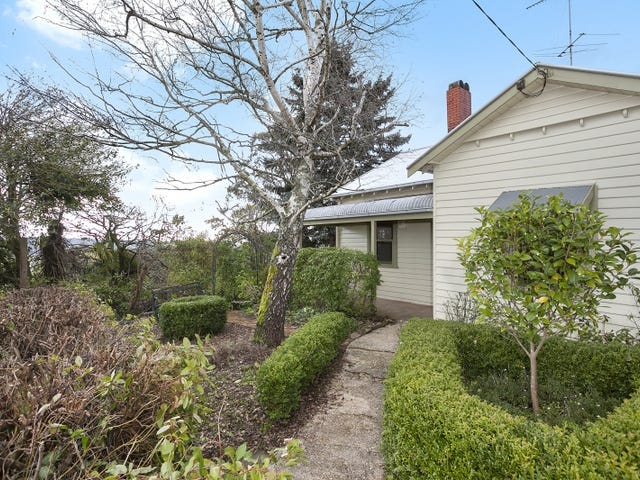 49 Central Springs Road, Daylesford, Vic 3460