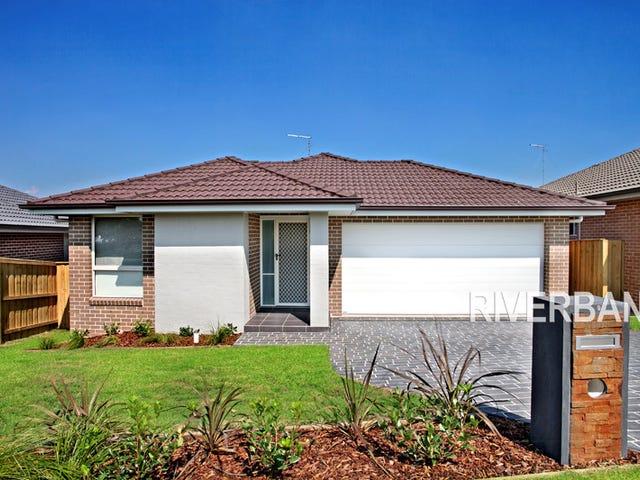 9 Dromedary Place, Macquarie Links, NSW 2565