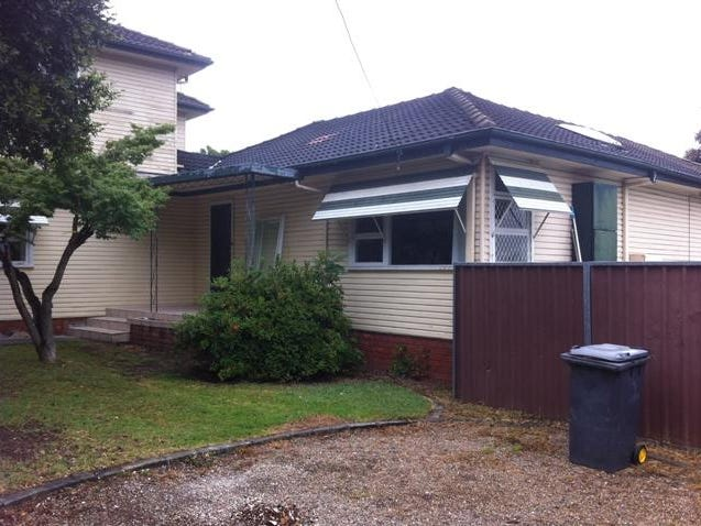 2A Mavick Crescent, Leumeah, NSW 2560