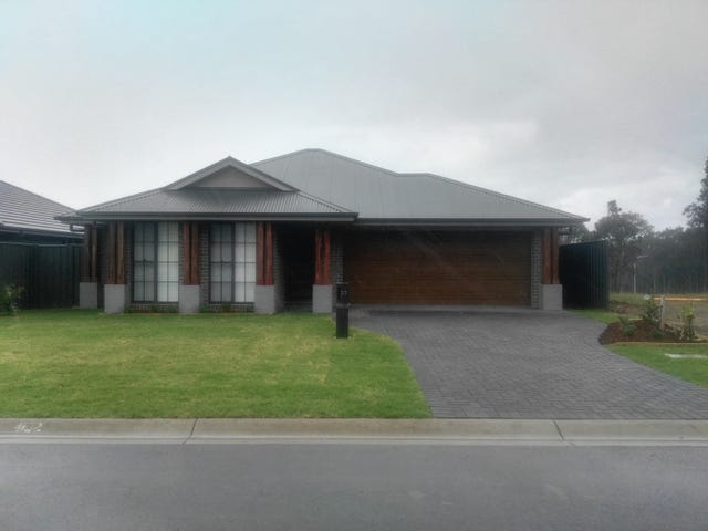 27 Portabello Circuit, Thornton, NSW 2322
