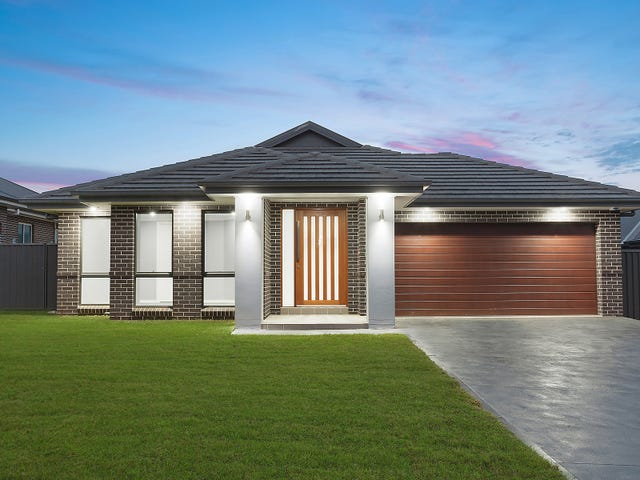 22 Jenolan Circuit, Harrington Park, NSW 2567