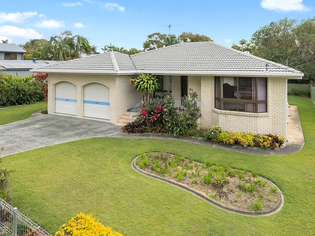 11 Robin Parade, Victoria Point, Qld 4165