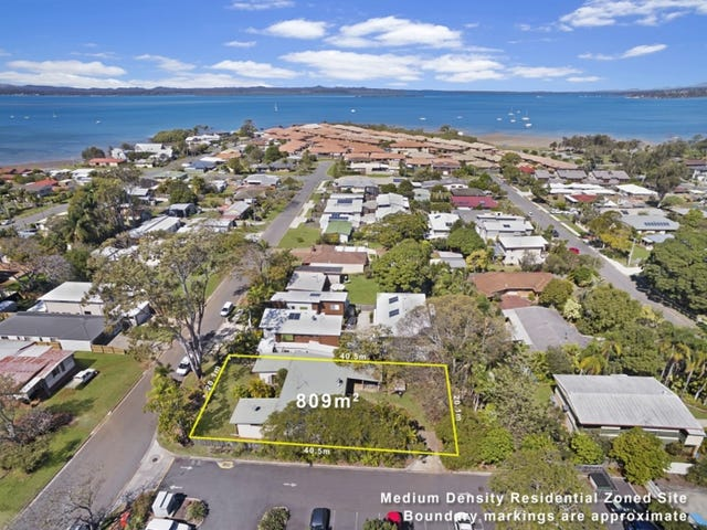 2 Moore Street, Victoria Point, Qld 4165