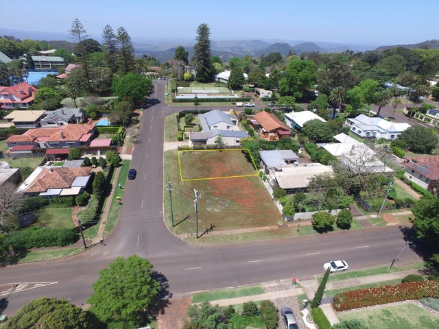 20 Sinclair Street, East Toowoomba, Qld 4350