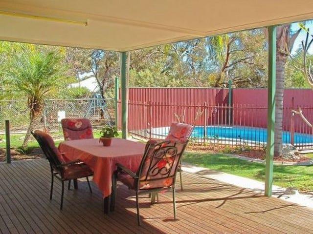 7 St Andrews Place, Desert Springs, NT 0870