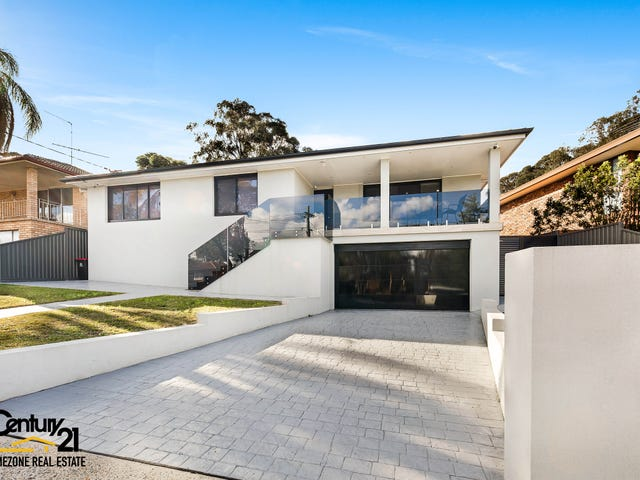 32  Sturt Avenue, Georges Hall, NSW 2198