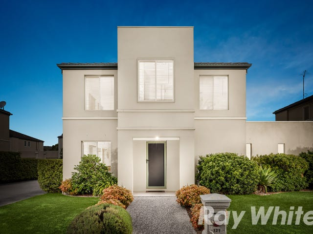 121 Sovereign Manors Crescent, Rowville, Vic 3178