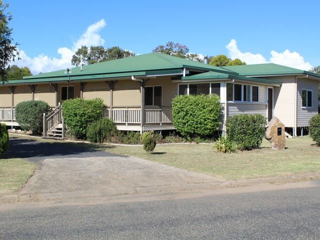 23 Rose St, Warwick, Qld 4370