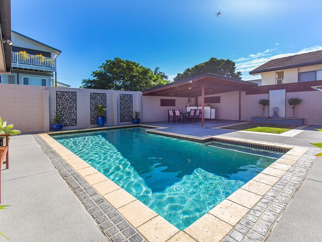 15 Blue Haze Crescent, Banora Point, NSW 2486
