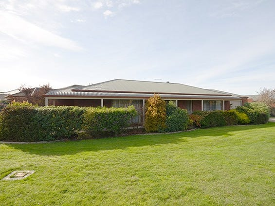 437 Tinworth Avenue, Mount Clear, Vic 3350