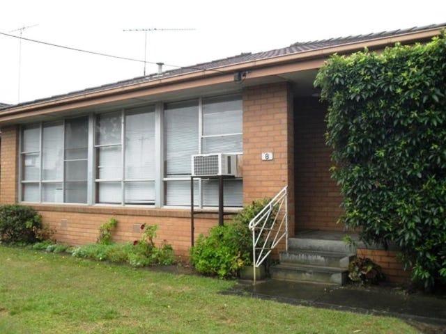 8 Hitchcock Street, Breakwater, Vic 3219