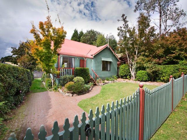 9 Kanimbla Rd, Blackheath, NSW 2785
