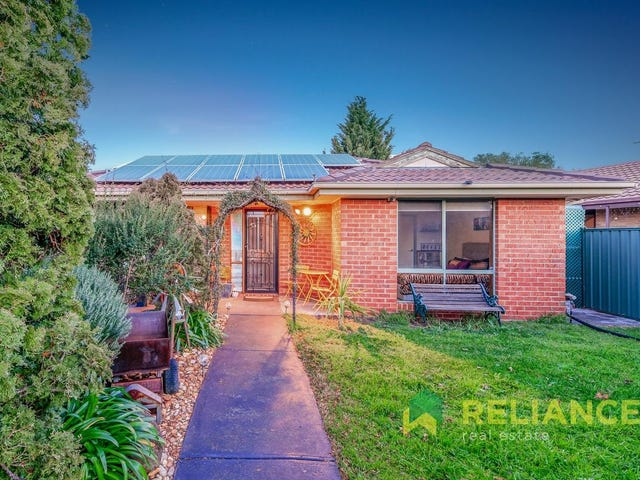 18 Flinders Road, Melton South, Vic 3338