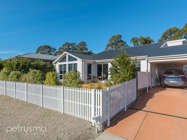 1/5 Lomandra Drive, Blackmans Bay, Tas 7052