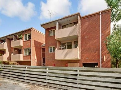 4/1146 Whitehorse Road, Box Hill, Vic 3128