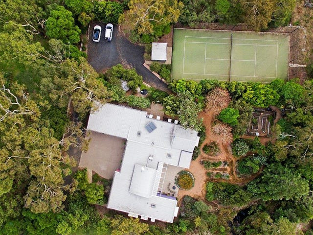 1  Halls Road, Arcadia, NSW 2159