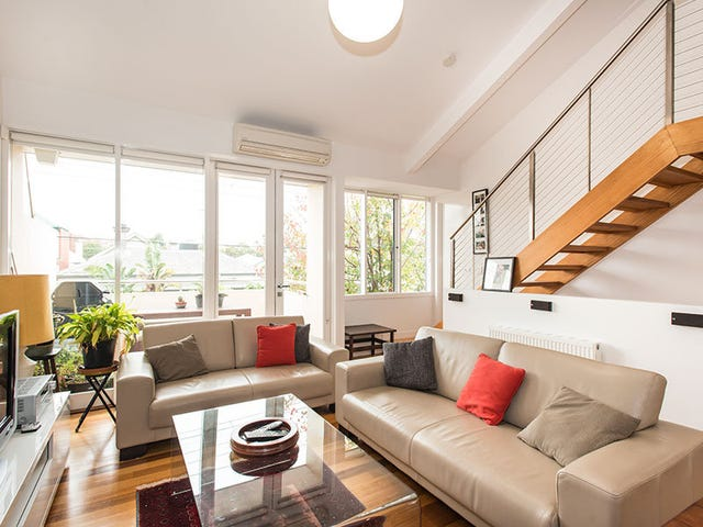 17A Young Street, St Kilda East, Vic 3183