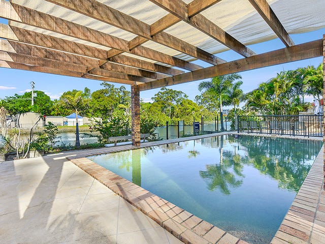 9 Perry Place, Biggera Waters, Qld 4216