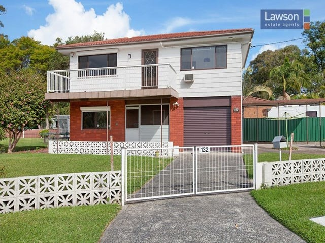132 Grand Parade, Bonnells Bay, NSW 2264