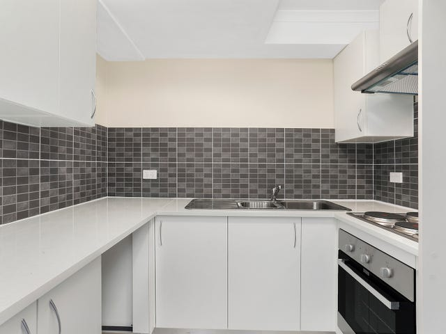 2/10-12 Northcote Road, Hornsby, NSW 2077
