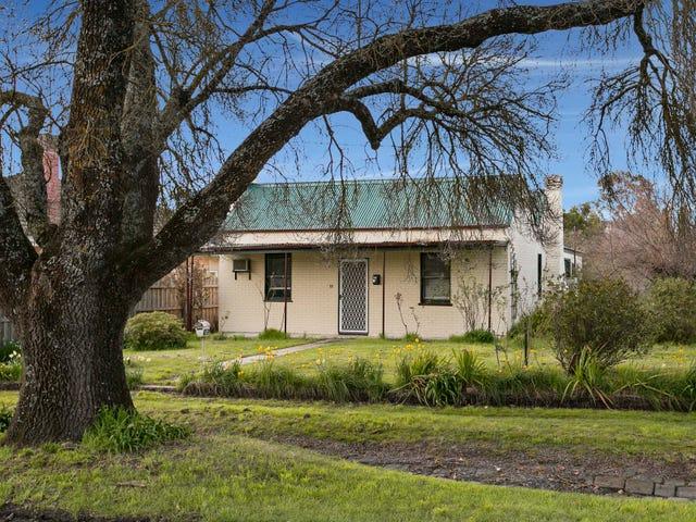 12 Pohlman Street, Kyneton, Vic 3444