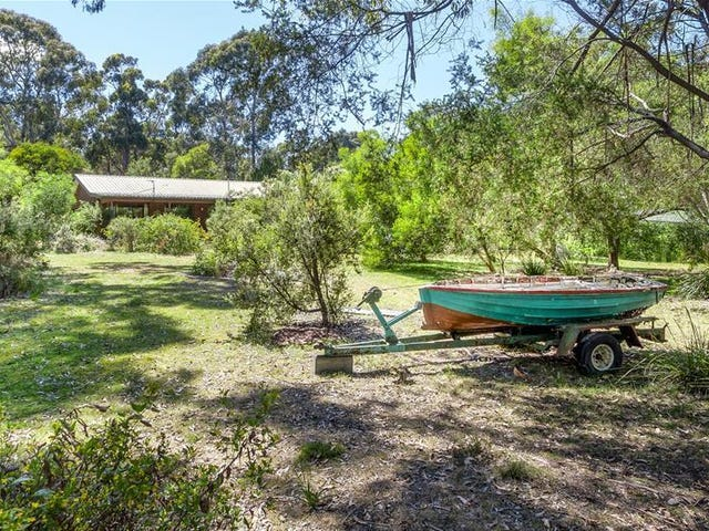 395 Randalls Bay Road, Eggs And Bacon Bay, Tas 7112